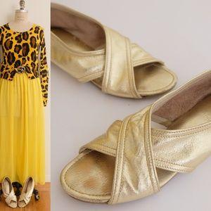 Vintage gold real leather flat sandal shoesl 7 1/